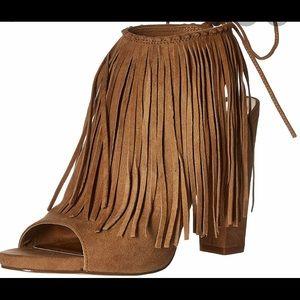 Fringe heels!